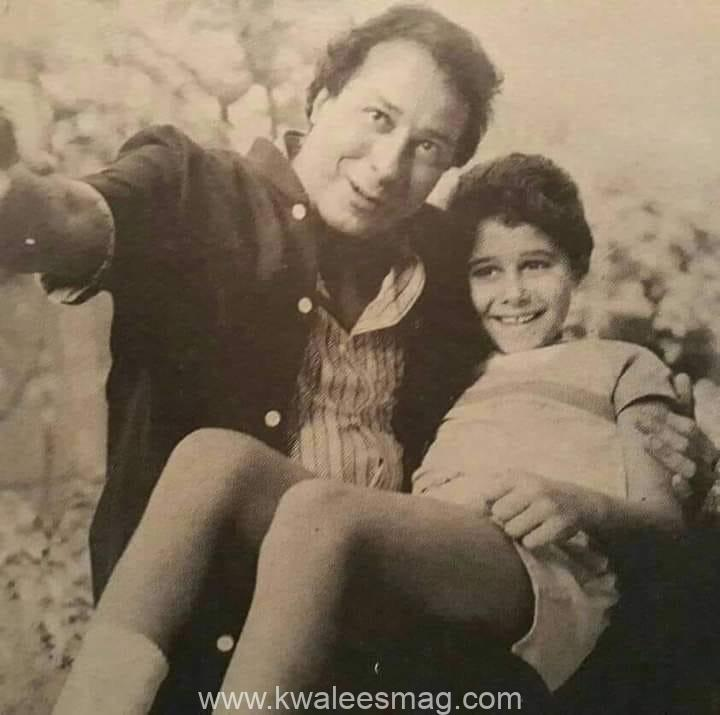 صورة نادرة للفنان صلاح السعدنى  بصحبة إبنه الممثل احمد السعدنى وهو طفل